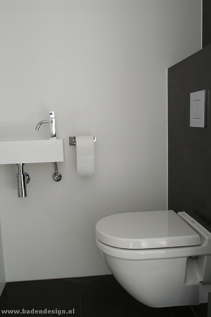 Toilet on pinterest toilets met and tile - Toilet tegel ...